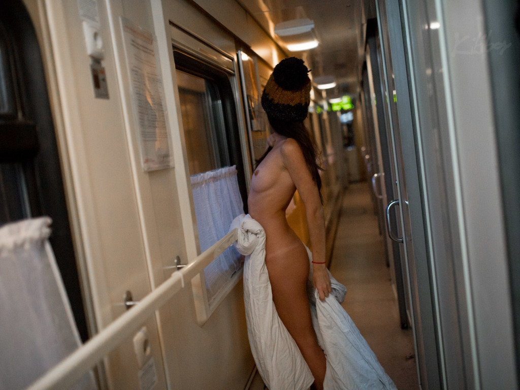 сладострастное состояние женщины подсмотренное в поезде - 11