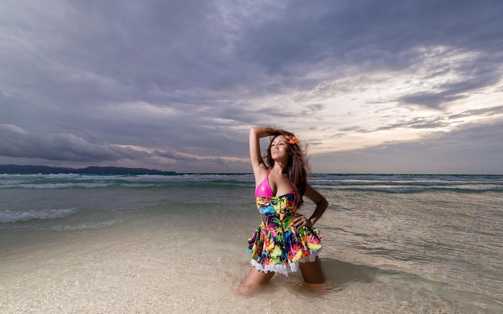 Как сделать красивое фото на море если ты полная 168