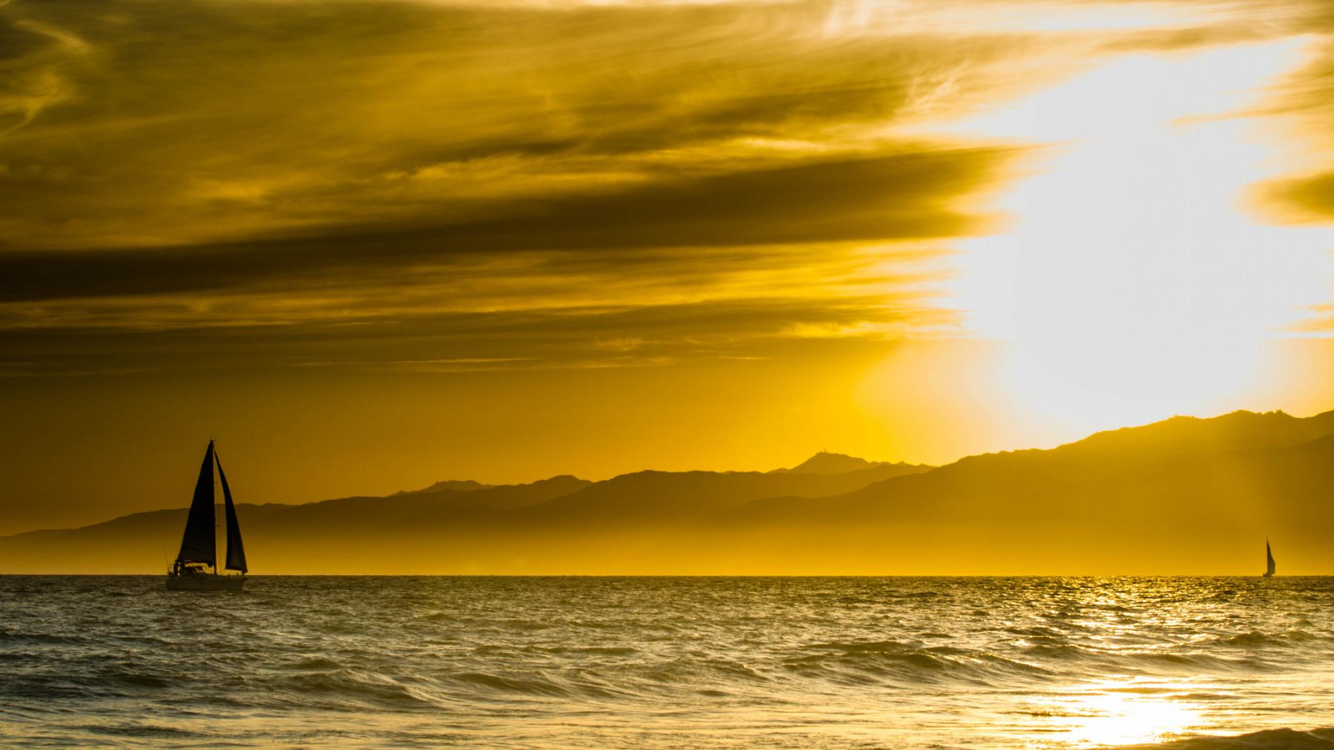 солнце в горах озеро яхты картинки аренду липецке отзывами