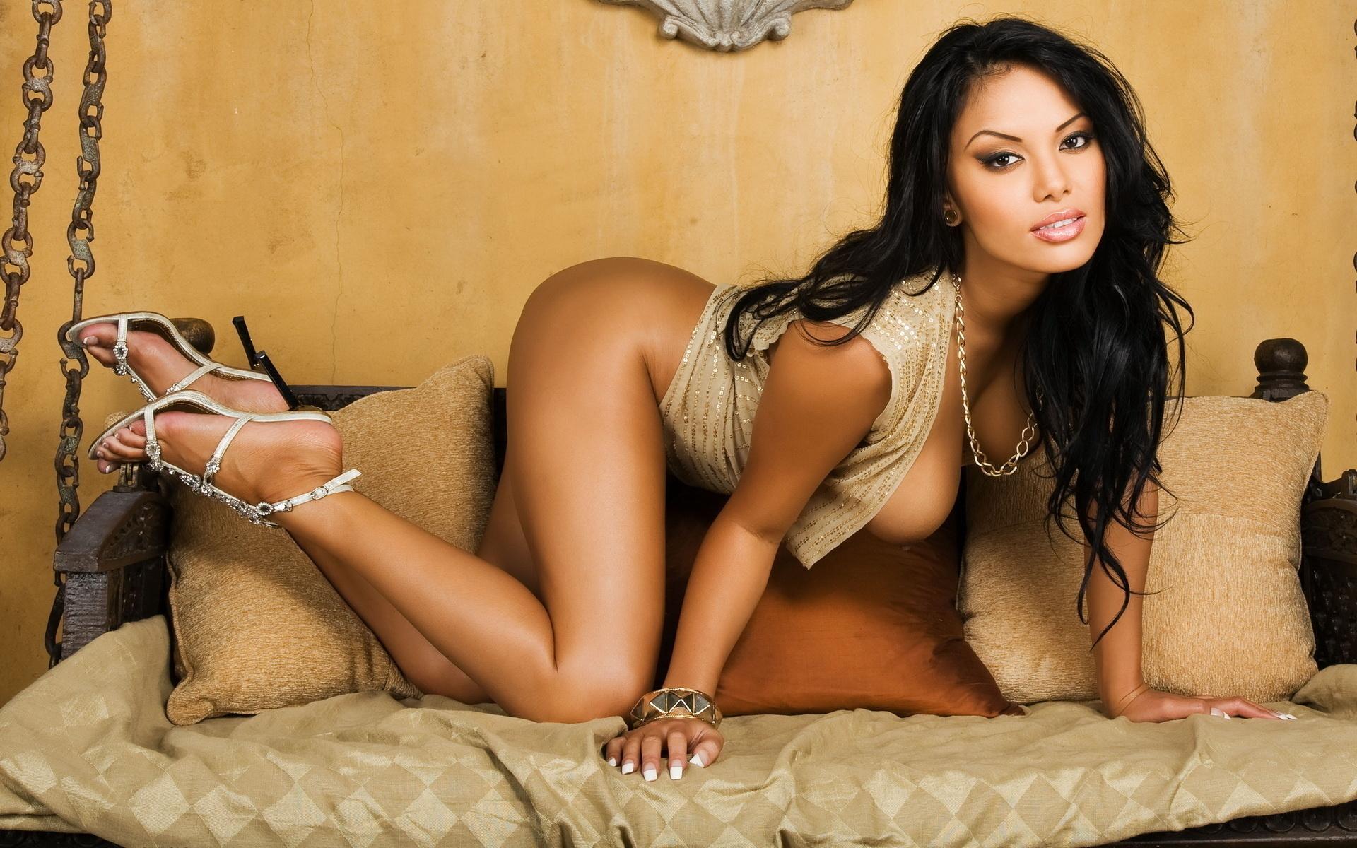 hispanic-angels-sexy-girls-die-icarly-nude