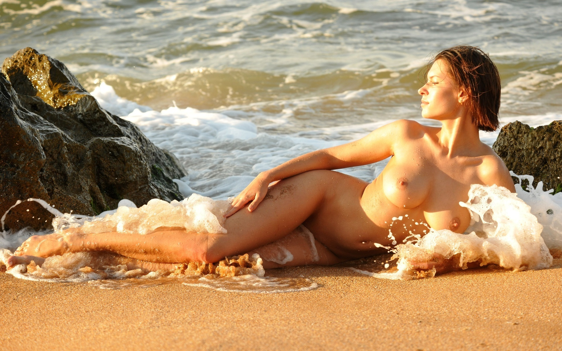 from-beach-babe-nude-rosemarr-simpson-pic-nude