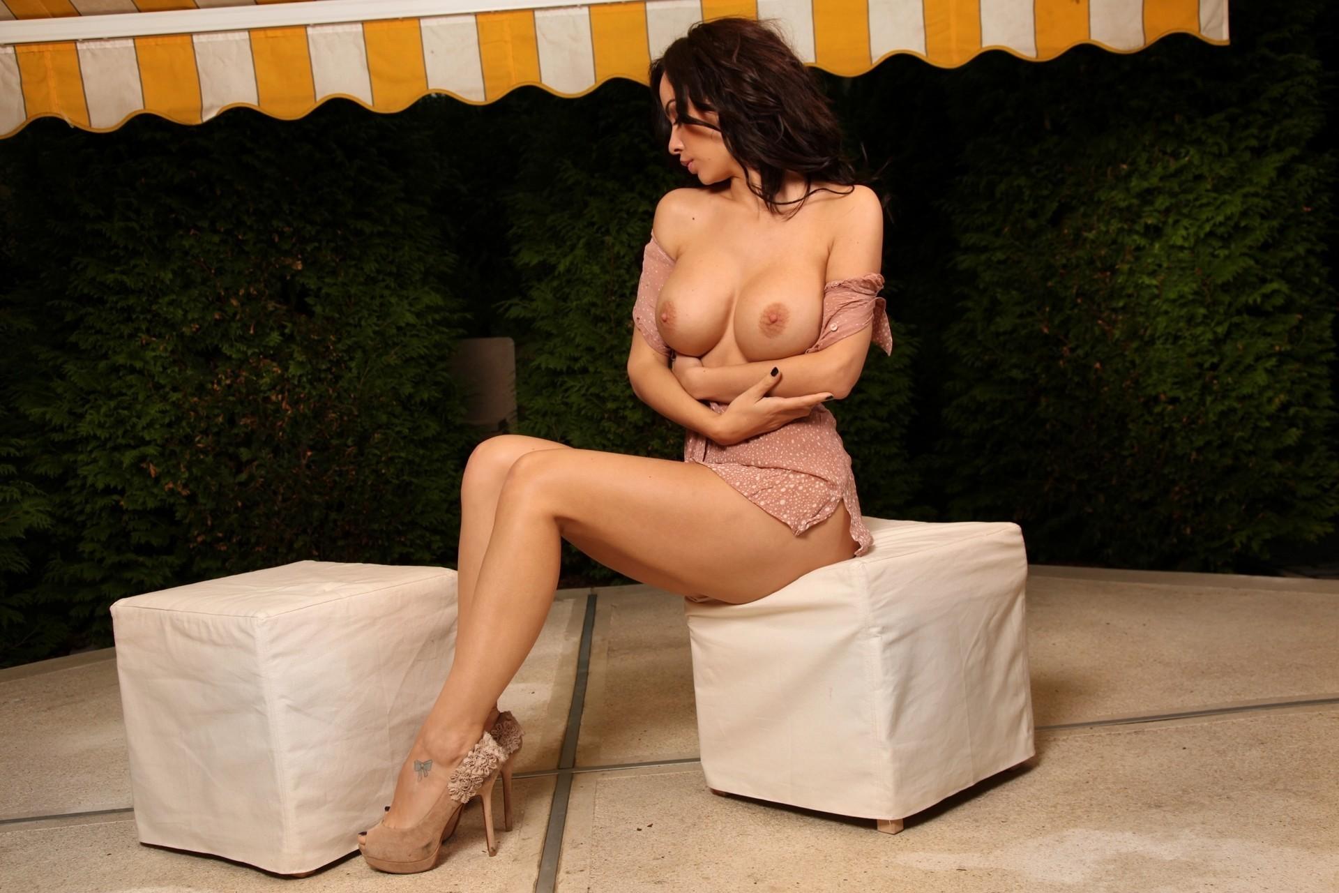 Adriene naked — photo 5