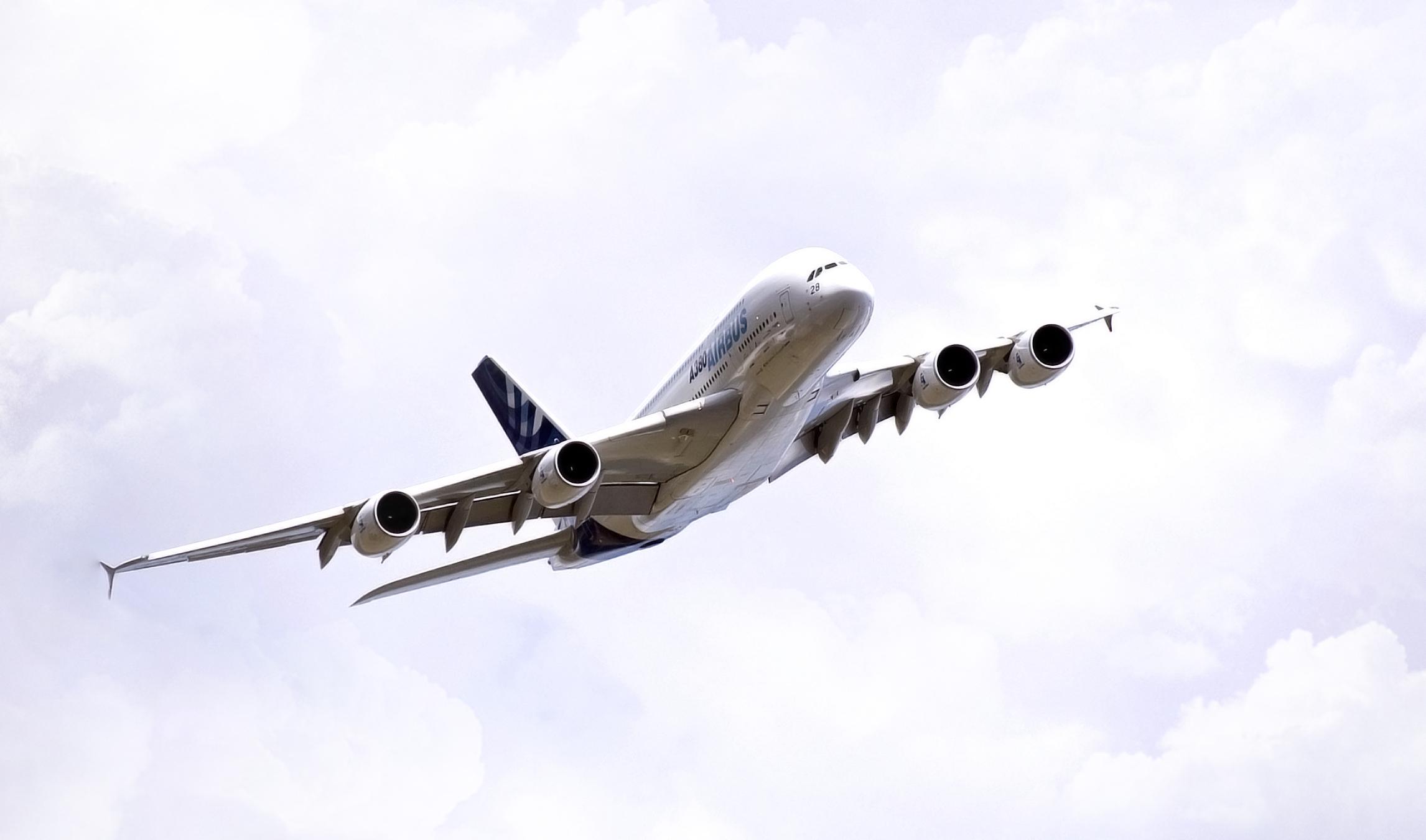 Аэробус А380  № 2361648 загрузить