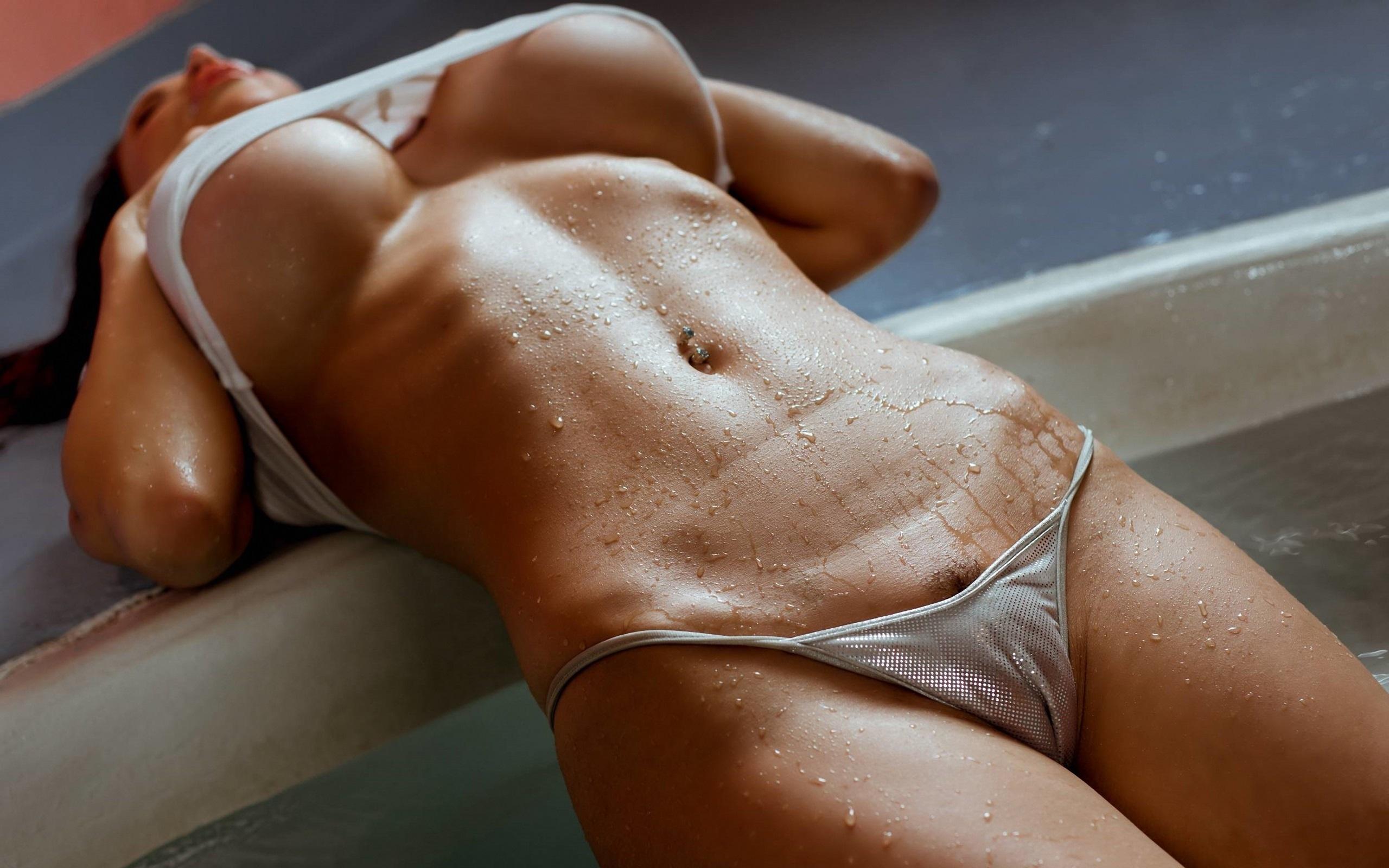 эротика красивое женское тело и попки