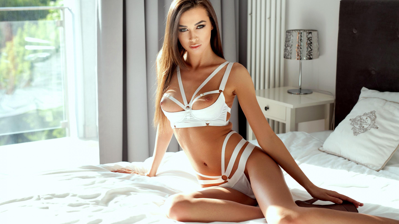 devushka-sverhu-seks-pozi-video