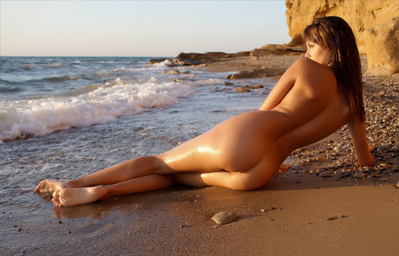 Фото вид сзади голых девушек