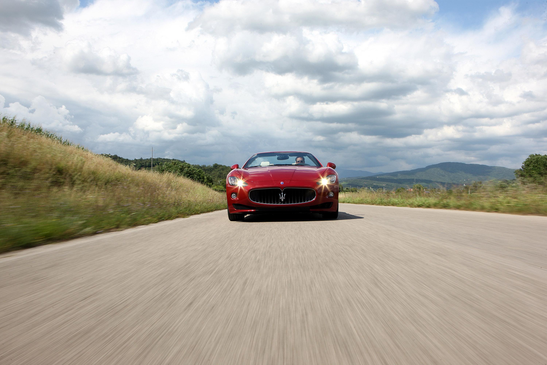 она может машины едут по дороге картинки люди