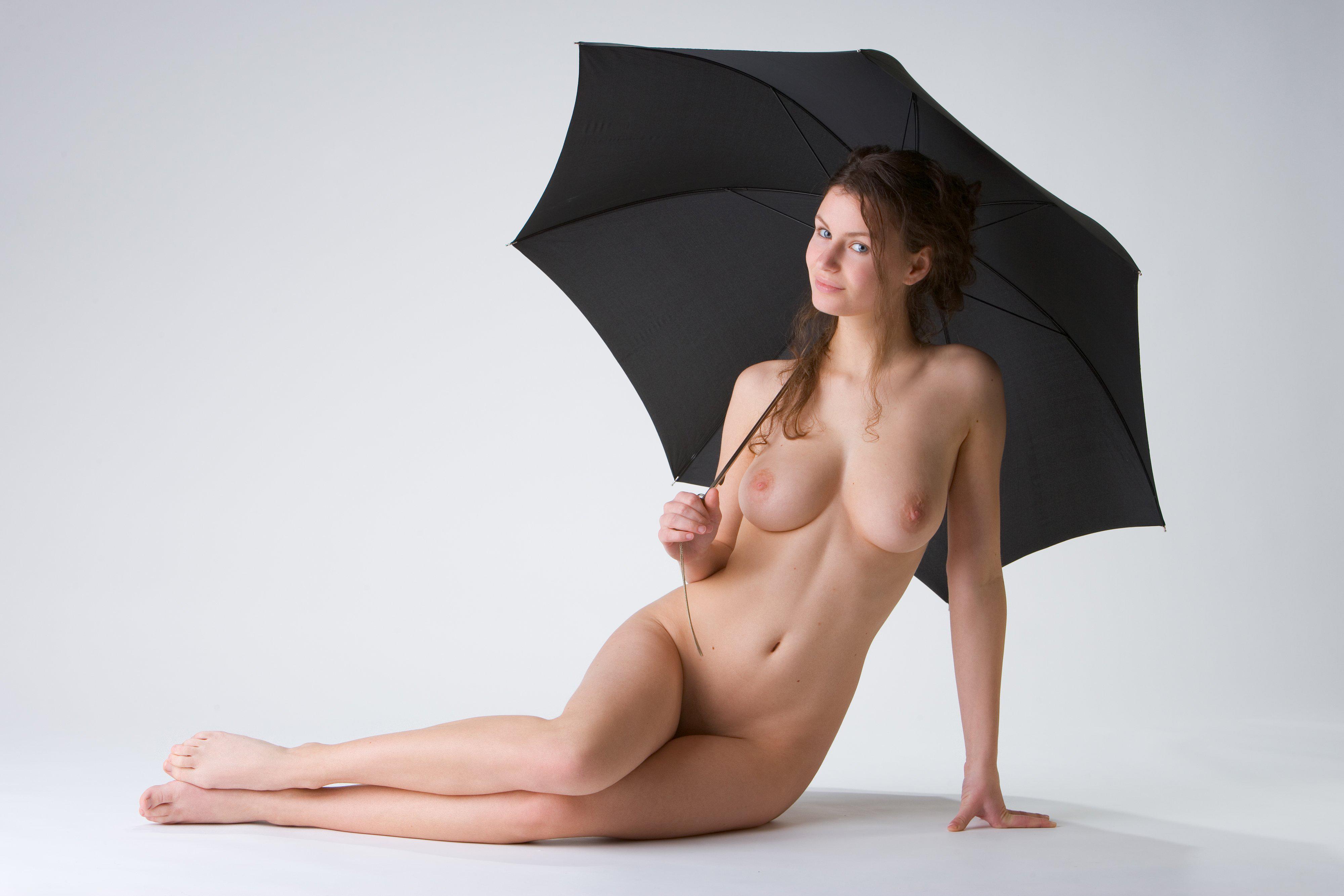 утонченные дамы с зонтиком эро - 13