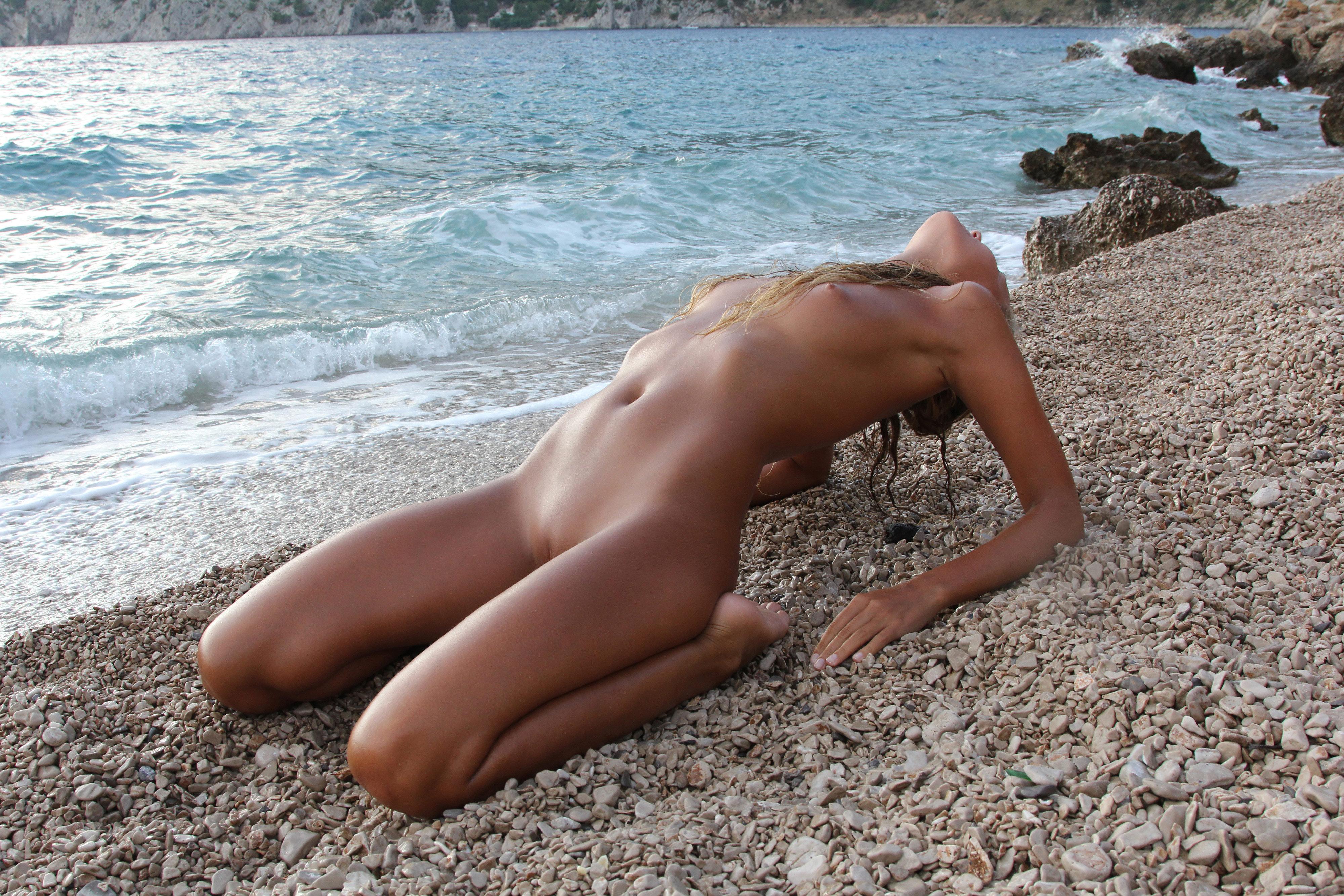 Рассказ голышом на море, Эротический рассказ - Приключение на море 20 фотография
