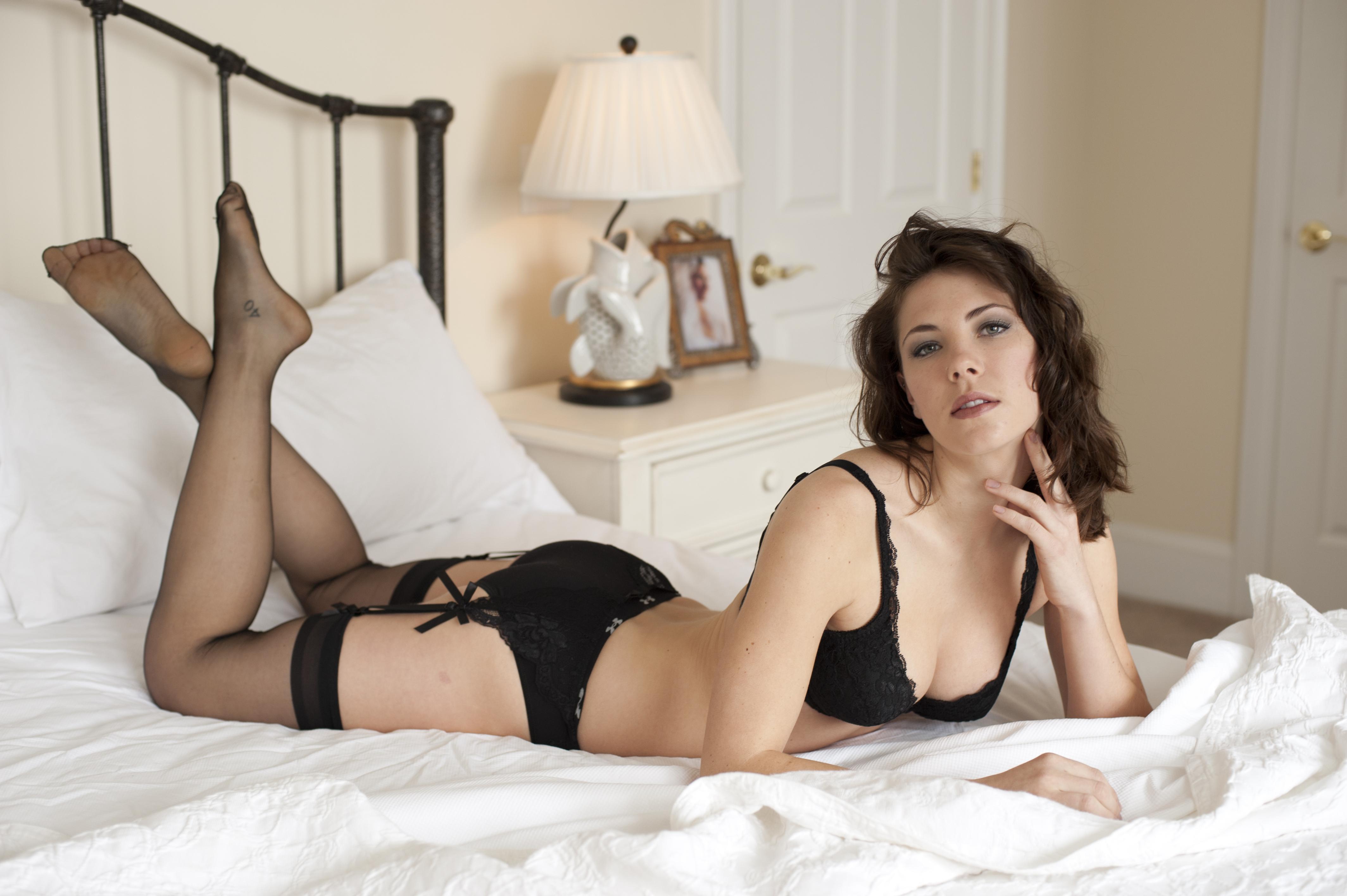 Частные фото девушки в сексуальном белье, Голые в нижнем белье на фото - полу обнаженные 8 фотография