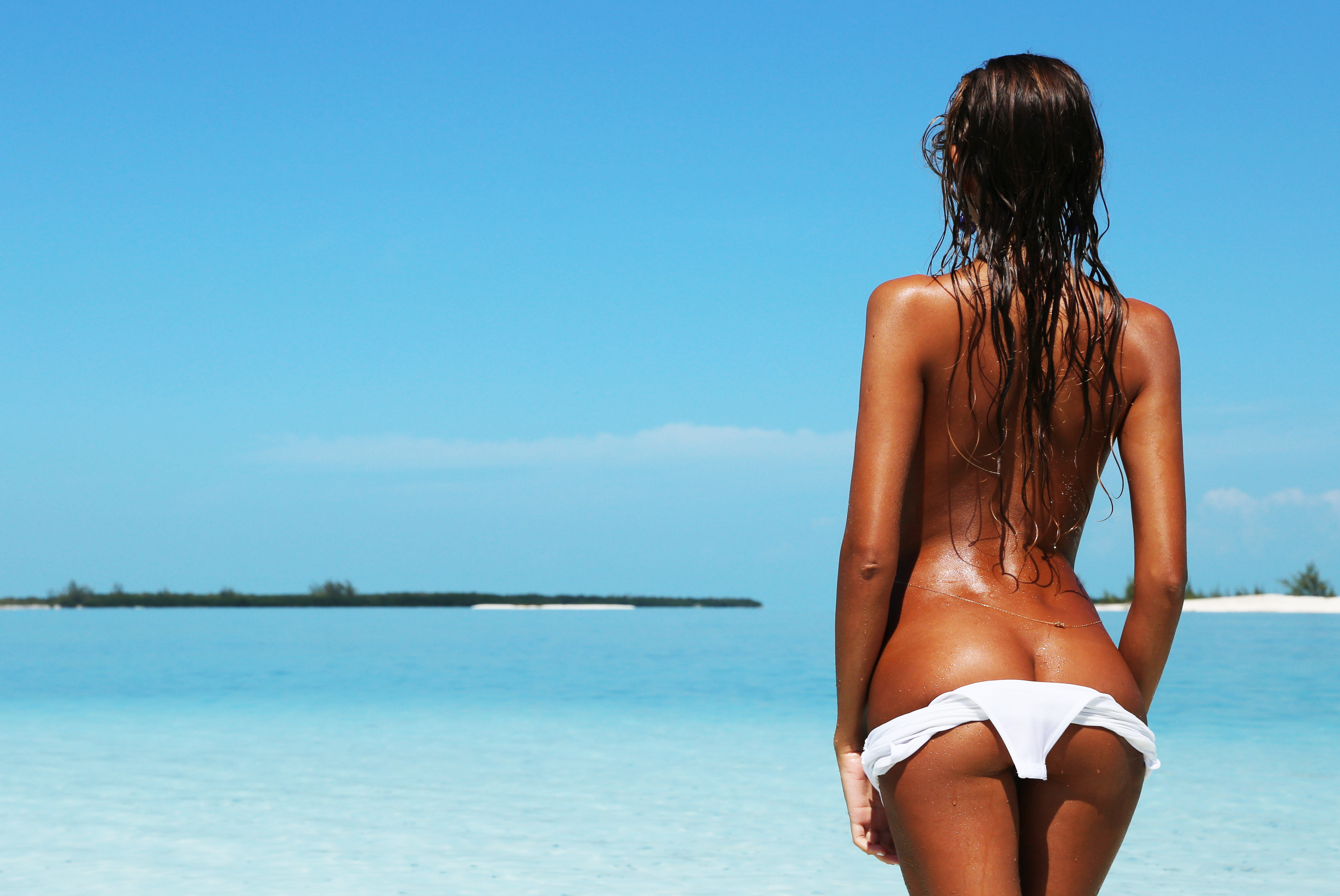 секси девушки на море - 9