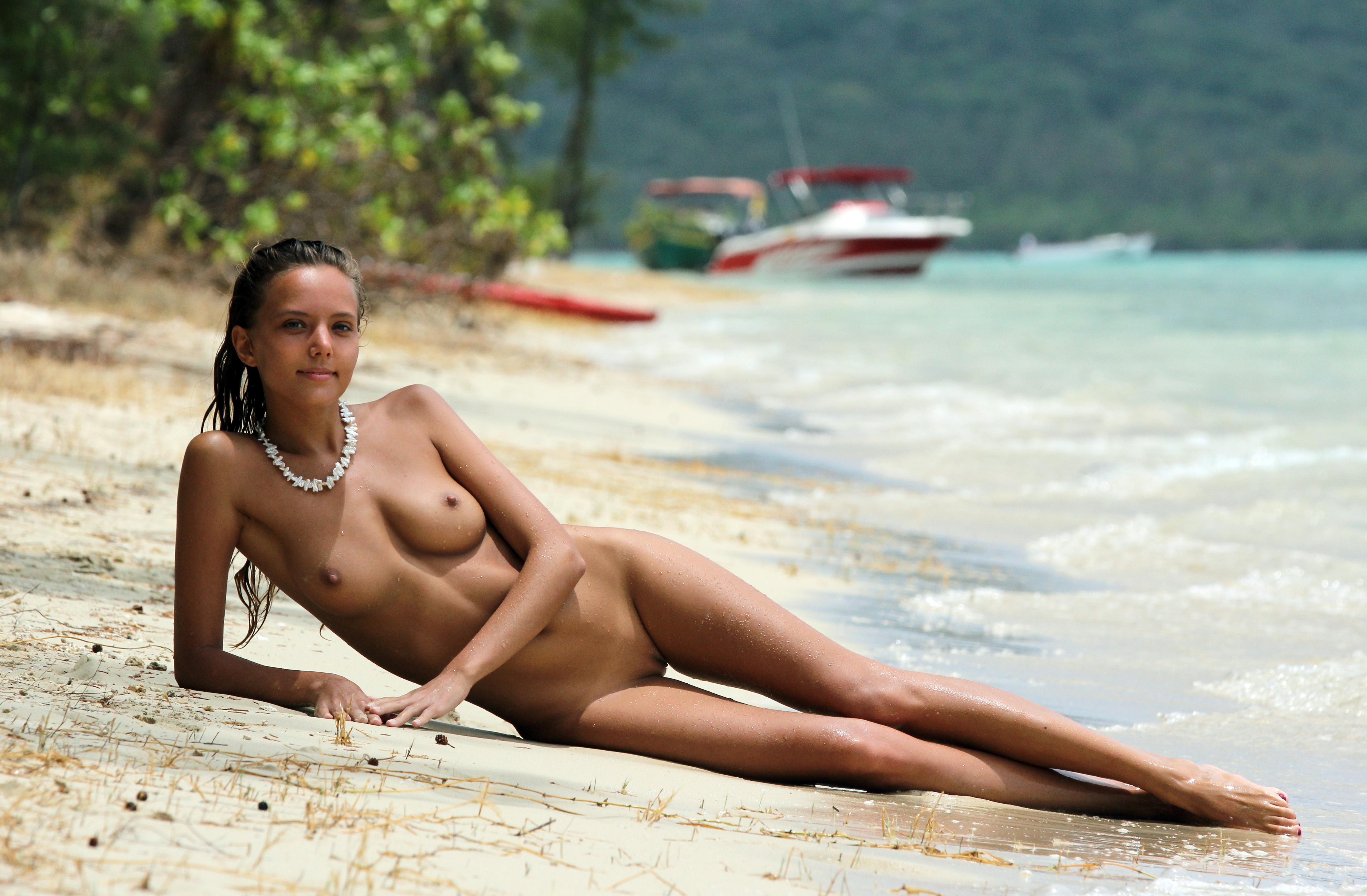 Франция пляж секс 21 фотография