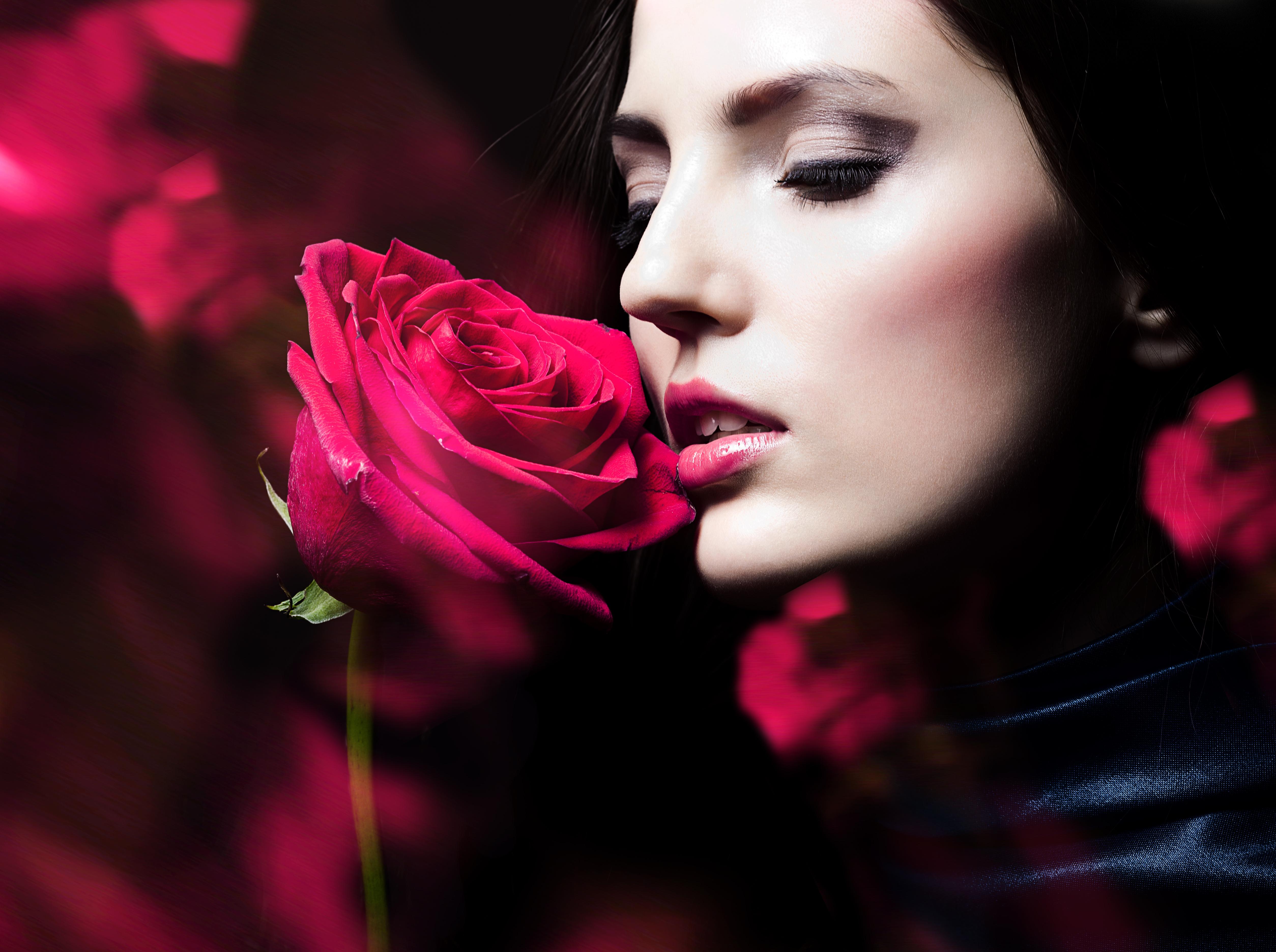 Сделать, открытки девушек с розами в руках
