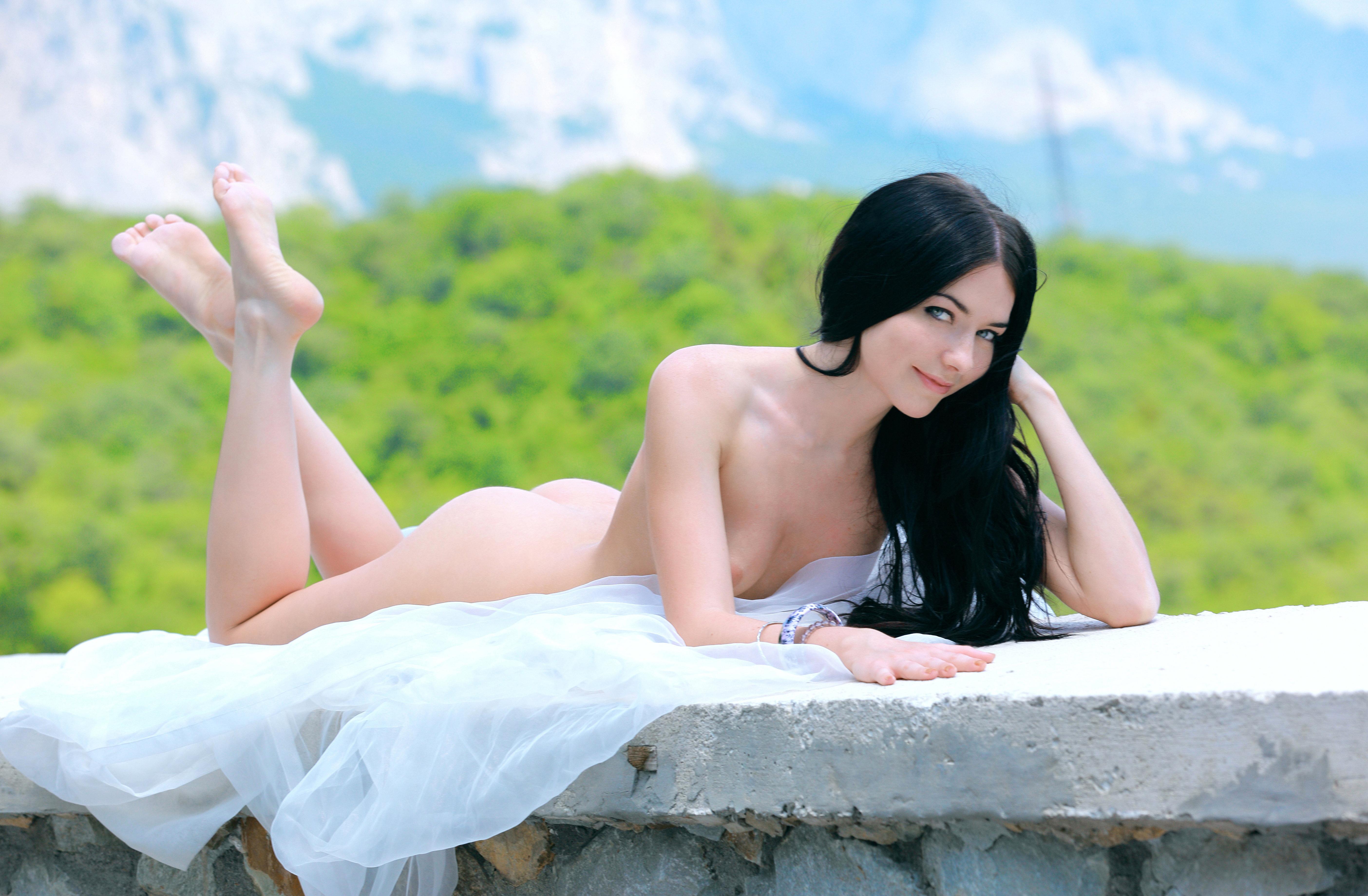Эротика девичья нагота 26 фотография