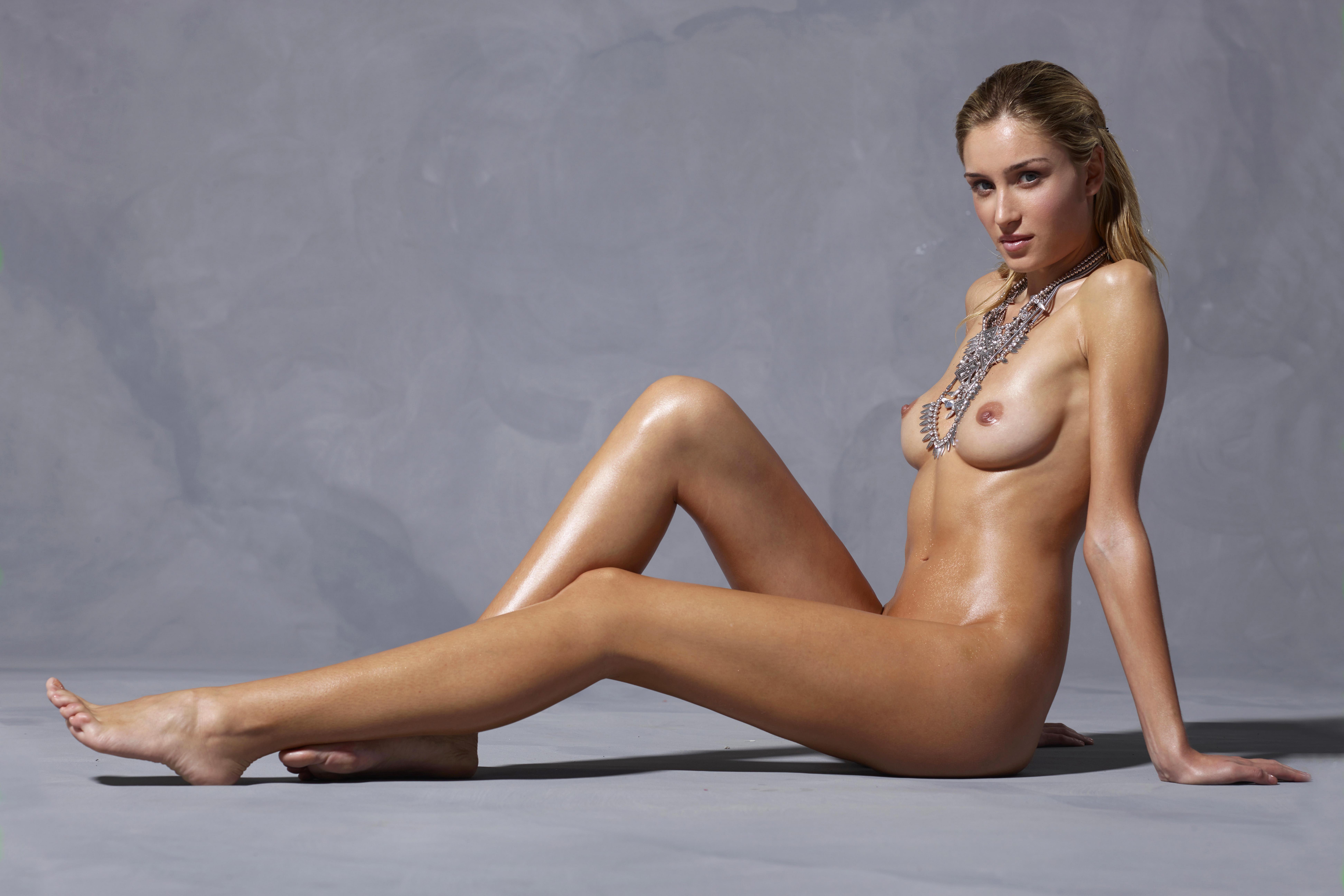 Models nude pic, slavegirl spank comix