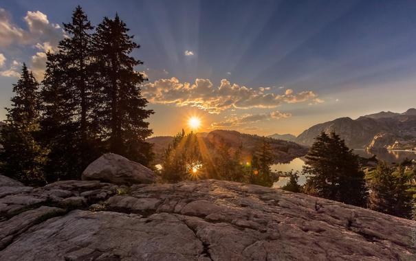 Фото обои солнце, деревья, пейзаж, закат, горы