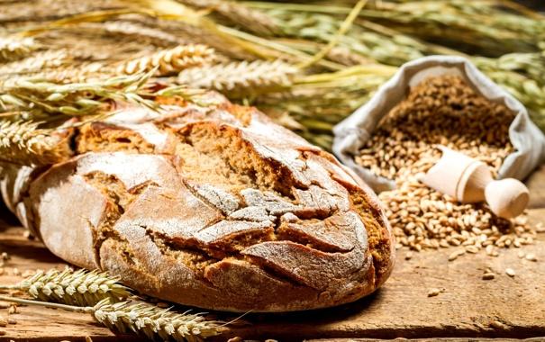 Фото обои пшеница, стол, зерно, колоски, хлеб, колосья, мешочек