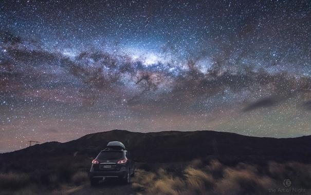 Фото обои небо, трава, ночь, красота, звёзды, автомобиль, photographer