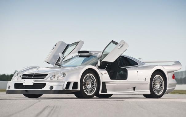 Фото обои небо, Mercedes-Benz, серебристый, Мерседес, GTR, суперкар, AMG