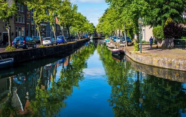Фото обои вода, деревья, машины, отражение, дома, лодки, Нидерланды