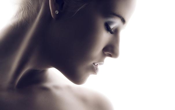 Фото обои девушка, свет, лицо, тело, портрет, шея