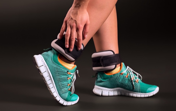 Фото обои footwear, runner, sports shoes, Ankle weight training
