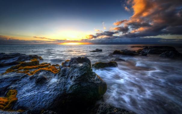 Фото обои море, небо, облака, закат, камни