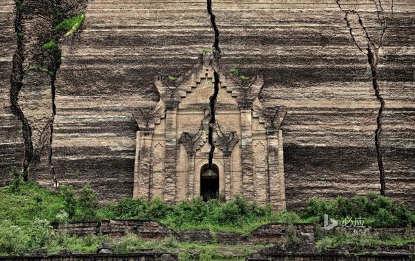 Фото обои деревья, скала, hdr, храм, фасад, трещина