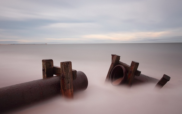 Фото обои море, пейзаж, трубы