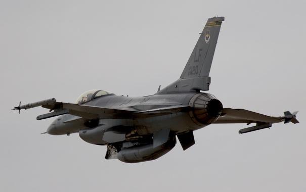 Фото обои истребитель, F-16, Fighting Falcon, многоцелевой