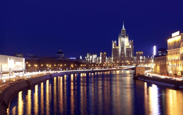 Фото обои Москва, река, набережная, высотка