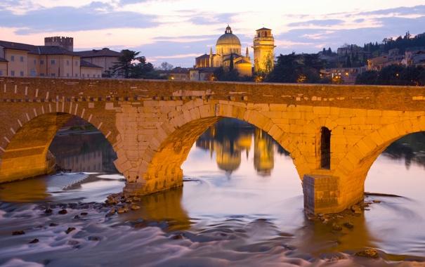 Фото обои небо, деревья, закат, мост, река, башня, дома