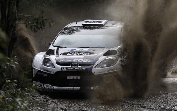 Фото обои белый, брызги, Ford, грязь, Форд, WRC, передок