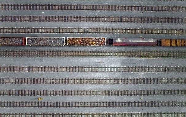 Фото обои поезд, станция, железная дорога