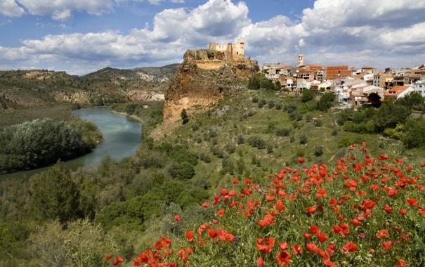 Фото обои река, Валенсия, маки, деревня, Кофрентес, Cofrentes, Spain