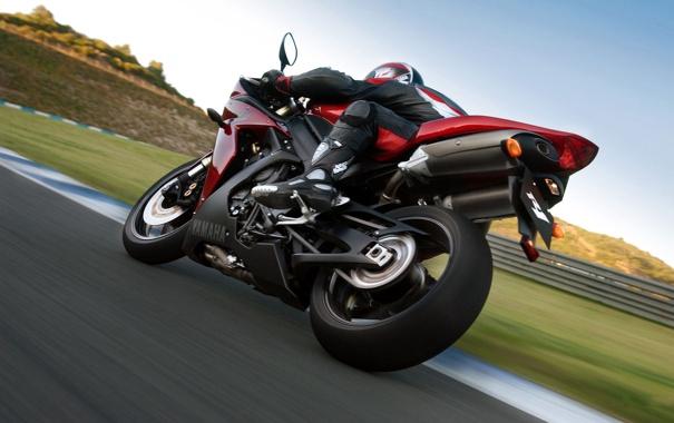 Фото обои дорога, спорт, скорость, трасса, мотоцикл, yamaha, moto
