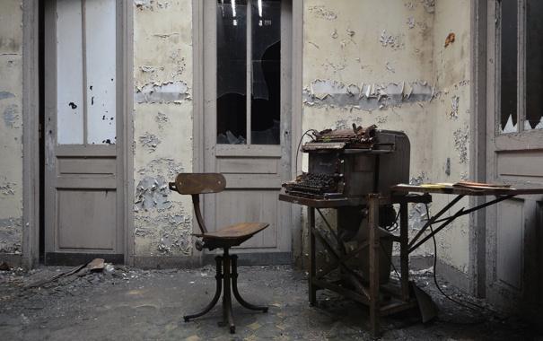 Фото обои двери, стул, abandoned bureau