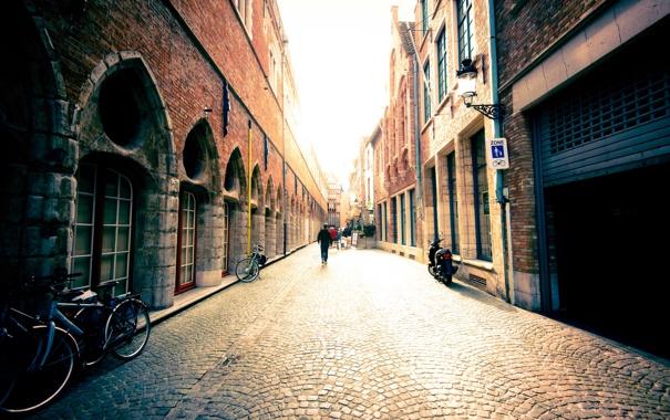 Фото обои свет, город, люди, улица, здания, дома, Европа