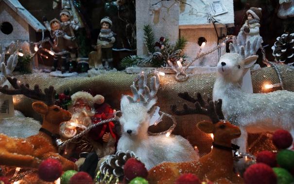 Фото обои праздник, игрушки, сказка, санта клаус, олени, витрина
