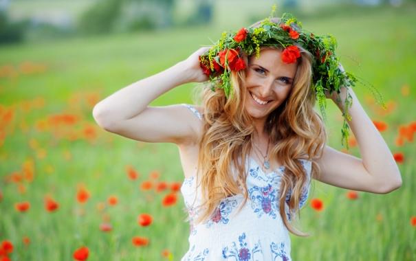 Фото обои лето, взгляд, цветы, красный, улыбка, женщина, маки