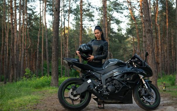 Фото обои девушка, брюнетка, мотоцикл, Kawasaki, Ninja, Форрест