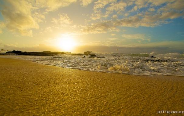 Фото обои песок, море, закат, берег, волна