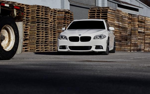 Фото обои BMW, white, F10, WHEELS, 5 Series, Vossen