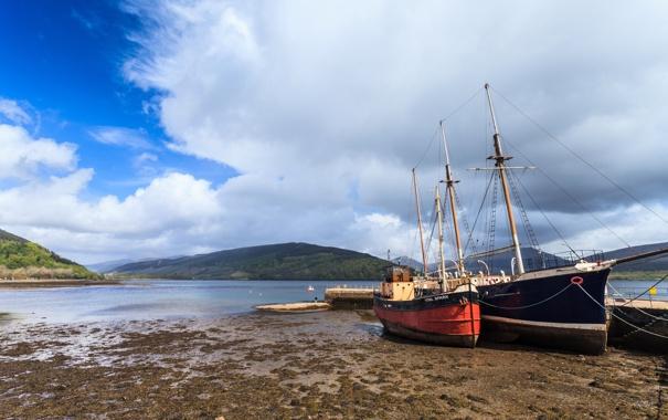 Фото обои облака, берег, лодки