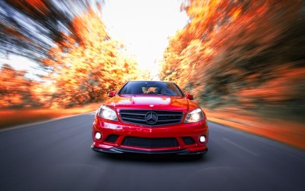Фото обои дорога, осень, Mercedes-Benz, скорость, AMG, C63