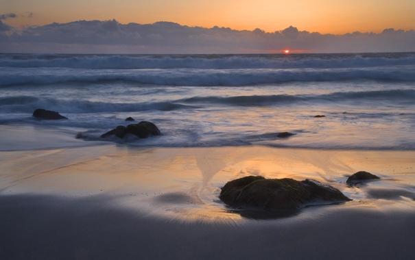Фото обои море, небо, вода, солнце, облака, камни, океан