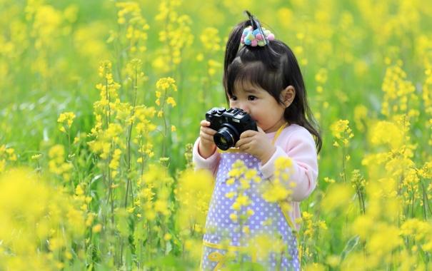 Фото обои настроение, девочка, фотоапарат