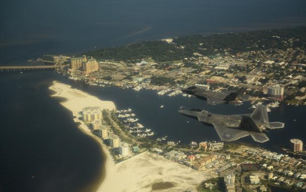 Фото обои Город, F-22, ВВС США, Lightning II, F-35, Истребителей-бомбардировщик