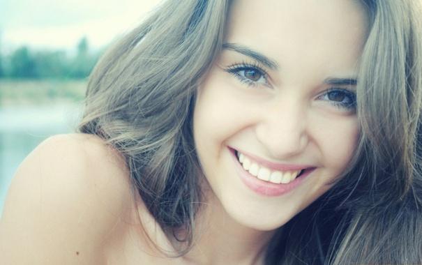 Картинки девушка улыбается