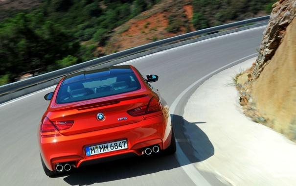 Фото обои Красный, Дорога, BMW, Поворот, Оранжевый, Номер, В движении